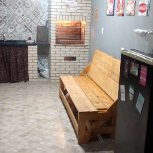 mesa-de-madeira-que-vira-banco