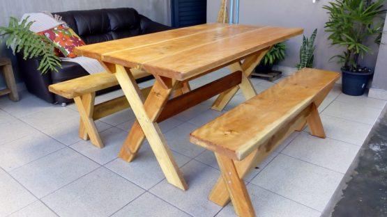 mesa-e-bancos-feitos-madeira-rusticas-2