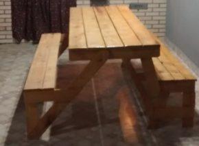 mesa-de-madeira-que-vira-banco-2