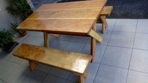 mesa-e-bancos-feitos-madeira-rusticas-1